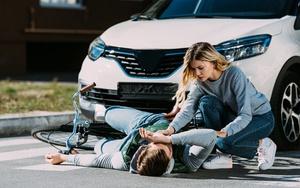 Что делать, если велосипедист сбил пешехода?